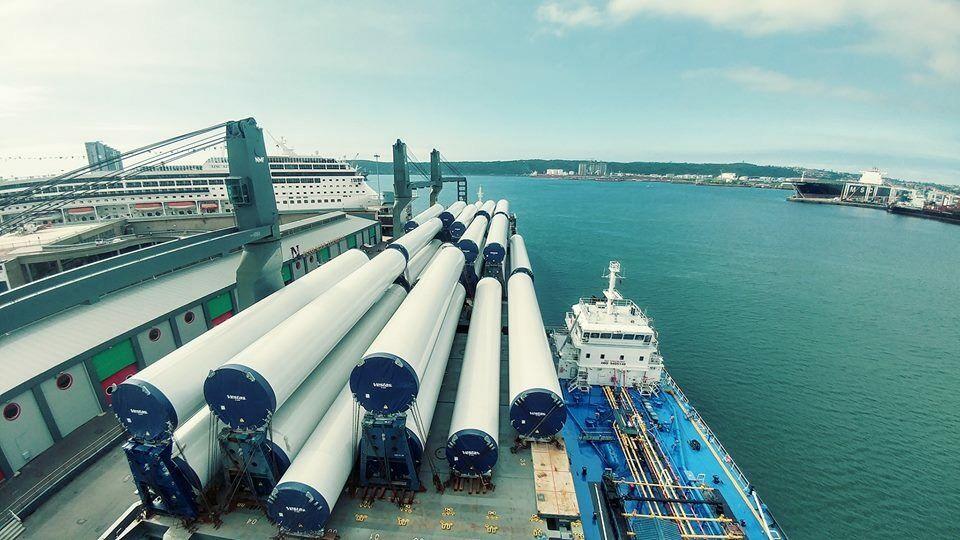 MV Southern Venture supplying bunker fuel